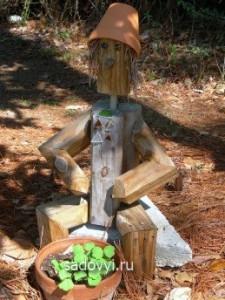 скульптура для сада из глиняных горшков своими руками