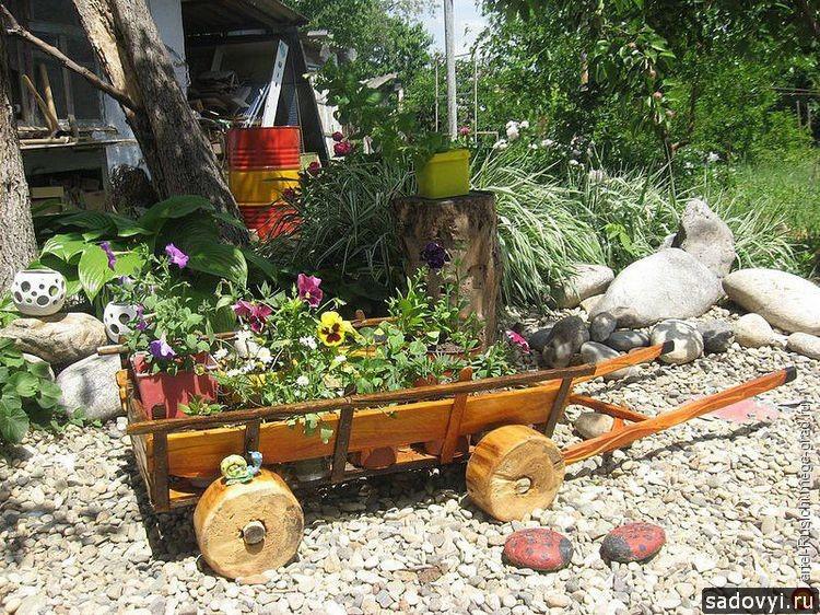 ТелеГа в саду - декоративная подставка (тележка из дерева), МегаГрад