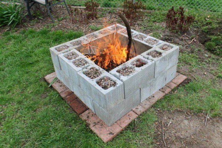 Применение бетонных блоков на даче, 10 фотографий
