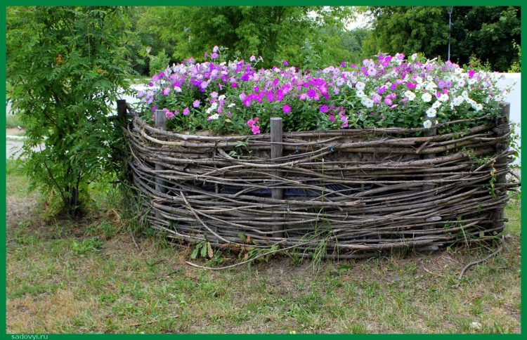 Плетёные заборы, 14 красивых фото