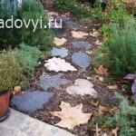 CRB2210 Leaf Shaped Stepping Stones s4x3 lg - Обустройство загородного дома и участка своими руками - Домашнее изготовление тротуарной плитки своими руками