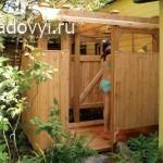 как сделать деревянный летний душ для дачи своими руками