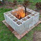 0 1205a9 2cb16ab orig - Обустройство загородного дома и участка своими руками - Применение бетонных блоков на даче, 10 фотографий